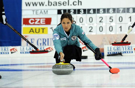 claudia-toth-curling