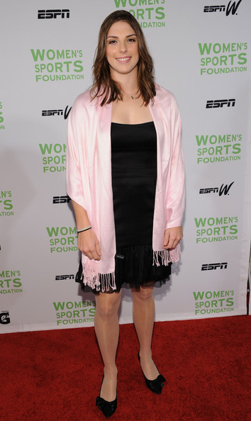 Hilary+Knight+32nd+Annual+Salute+Women+Sports+ZmqdpBA7QYsl
